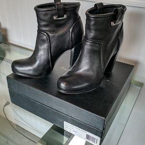 Rachel Zoe Shoes - Rachel Zoe - Charlie Tumbled Leather Boot